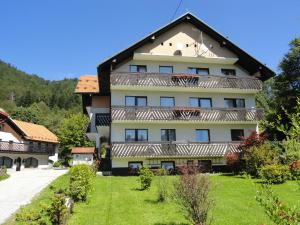 Accommodation in Lokve
