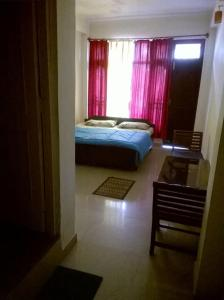Centrally Located Lodgings in McLeodganj, Homestays  Dharamshala - big - 2