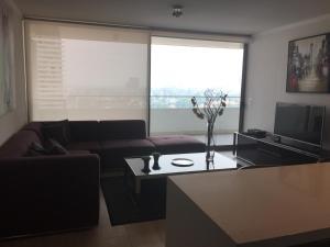 Apartamento Parque Arauco Kennedy, Ferienwohnungen  Santiago - big - 5