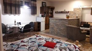 Apartman Yvet - Apartment - Sučany