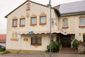 Traditionsgasthof Zum Luedertal - Großenlüder