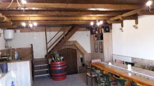 Berger Pince és vendégház, Guest houses  Császártöltés - big - 24