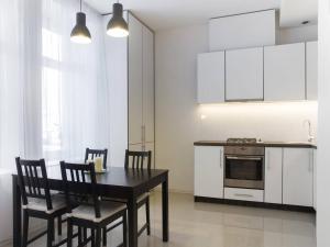 Chopin Apartments