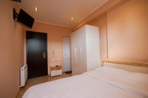 Hotel London Palace Tbilisi, Отели  Тбилиси - big - 15