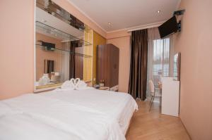 Hotel London Palace Tbilisi, Отели  Тбилиси - big - 12
