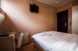 Hotel London Palace Tbilisi, Отели  Тбилиси - big - 9