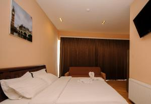 Hotel London Palace Tbilisi, Отели  Тбилиси - big - 64