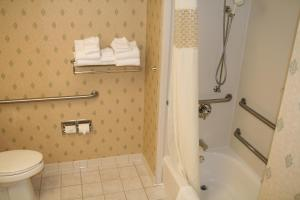 Hampton Inn Waterville, Hotels  Waterville - big - 35