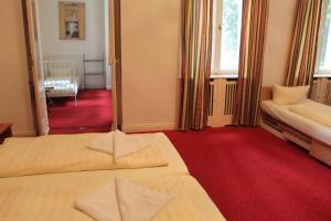 Hotel Pension KIMA (2 of 36)