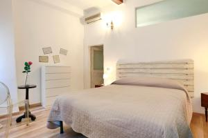 Rosy Apartment