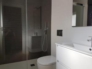 Luxury 3 bedroom 3 bathroom house, Playa Flamenca, Ferienhäuser  Playa Flamenca - big - 14