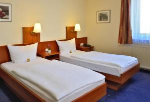 Hotel Haus Kronenthal - Dorp