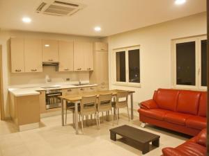 Axis Suites, Apartments  Accra - big - 20