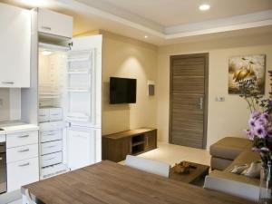 Axis Suites, Apartments  Accra - big - 21