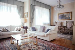 Decameron Luxury Apartment - AbcAlberghi.com