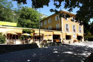Accommodation in Saint-Martin-d'Entraunes