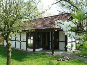 Ferienhaus Mohikaner im Feriendorf - Hollern