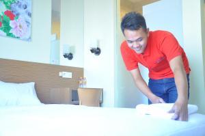 Baltis Inn, Pensionen  Semarang - big - 1