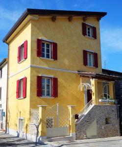 House Versilia Luca E Giada - AbcAlberghi.com