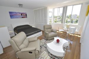 Neutral Bay Self Contained Studio Apartments
