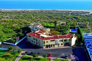 Praia da Lota Resort – Hotel (Ex- turoasis), Hotels  Manta Rota - big - 39