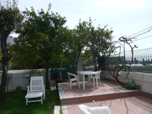 Garden House, Bed and breakfasts  Ercolano - big - 43
