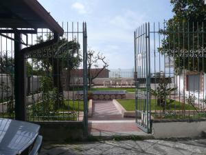 Garden House, Bed and breakfasts  Ercolano - big - 40