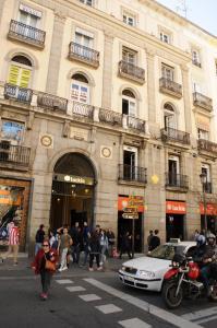 Apartamento Puerta del sol 4PAX plaza mayor Gran Via centro, Мадрид