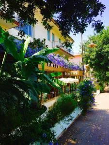Hotel Ristorante Firenze - AbcAlberghi.com