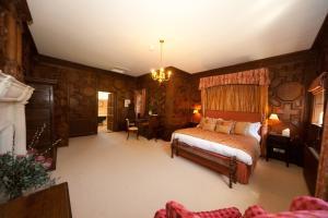 Hever Castle (18 of 73)