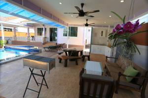 Tropical Hill Pool Villa, Dovolenkové domy  Hua Hin - big - 30