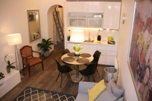 NILA Opera Apartment
