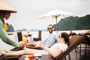 Bhaya Cruises, Халонг