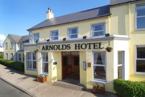 Arnolds Hotel & Riding Stables - Gweedore