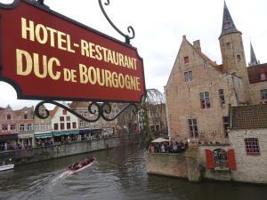 emblème de l'établissement Hotel Duc De Bourgogne