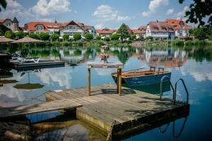 Seehotel Niedernberg - Das Dorf am See - Großwallstadt