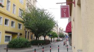 Hotel Pension De Lux