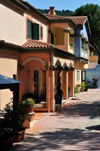 Hotel Su Lithu - AbcAlberghi.com
