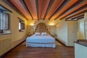 Hotel Cal Sastre, Hotels  Santa Pau - big - 50
