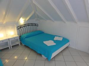 Hostales Baratos - Botsis Guest House