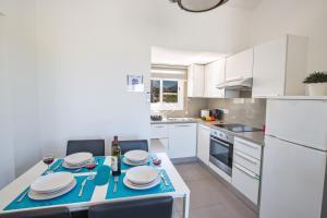 Nicholas Seaview Apartments, Apartmány  Protaras - big - 25