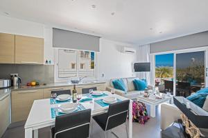 Nicholas Seaview Apartments, Apartmány  Protaras - big - 32