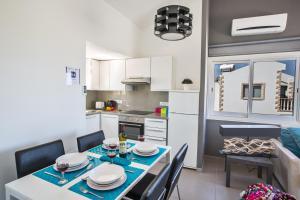 Nicholas Seaview Apartments, Apartmány  Protaras - big - 33
