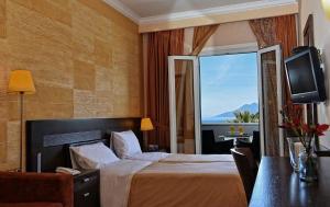 . Aktis Hotel