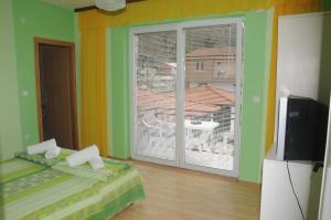 Villa Mimi, Guest houses  Peštani - big - 38