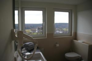 Pension Lebers Schinken-Alm, Guest houses  Winterberg - big - 4