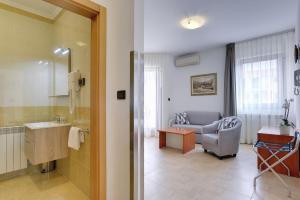 Apartments Nina, Apartmány  Rovinj - big - 9