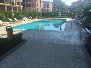 Villa Astoriya Apartment, Елените