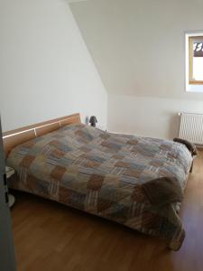 Gästezimmer / Weingut Peter - Deidesheim