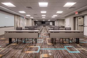 Fairfield Inn & Suites by Marriott Charlotte Airport, Hotely  Charlotte - big - 29